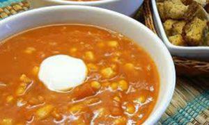 Sopa Crema de Tomate y Maíz