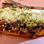 Huarache con Carne Asada