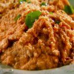 Pollo triturado con Salsa de Cacahuate